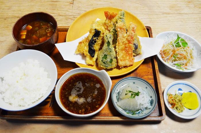 ボリューム満点 天ぷら定食